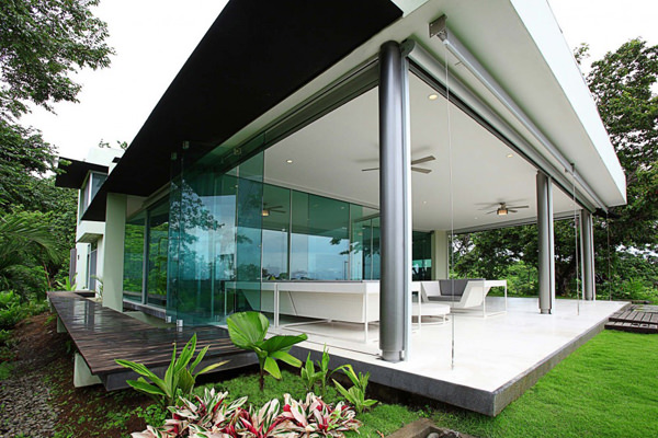 Triangulo House